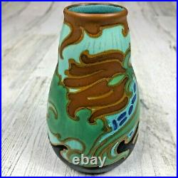 1920's GOUDA Art Pottery VASE Signed AIDA SCHOONHOVEN HOLLAND 352 ART DECO 5.5