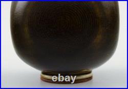 Berndt Friberg Studio ceramic vase. Modern Swedish design. Unique, handmade