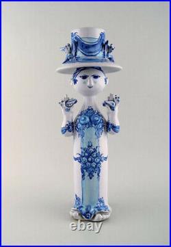 Bjørn Wiinblad ceramics, blue lady with two birds. Decoration number M36