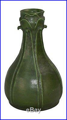 Ephraim Faience Pottery 2004 Antique Green Leaf Arts and Crafts Vase