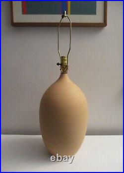 G. Scatchgard Mid-century Danish Modern Style Art Pottery Table Lamp Nice Piece