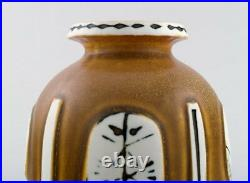 Lisa Larson for Gustavsberg, Sweden. Vase in ceramic decorated with faces