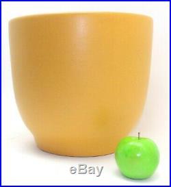 Mid Century Modern Mustard Yellow Fern Planter Art Studio Pottery Gainey T-14