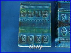 Pair of 20th Century Vintage Retro Bitossi Art Pottery Rimini Blu Italian Vases