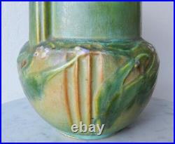 RARE c. 1934 Roseville 9.25 Laurel Green Art Deco Vase