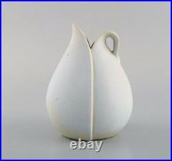 Stig Lindberg for Gustavsberg. Vase with handle in glazed ceramic. 1950/60's