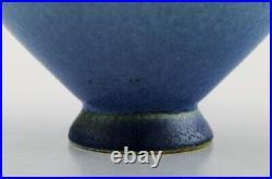 Sven Wejsfelt for Gustavsberg Studio Hand. Unique bowl on foot, glazed ceramic