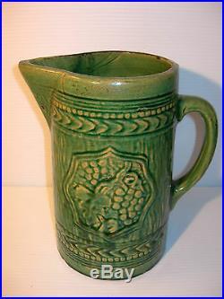 VINTAGE McCOY GREEN 8 1/2 POTTERY PITCHER 1920'S VINTAGE McCOY ART POTTERY